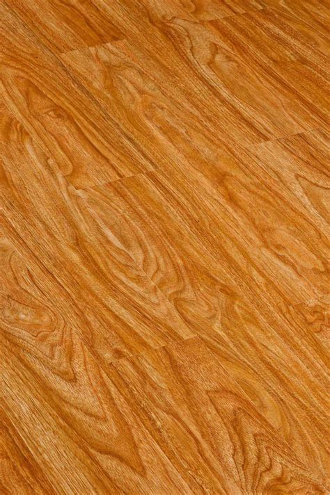 china wood laminate flooring hdf ce approved china china morden hdf parquet laminated wood flooring qc g105