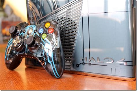halo 4 xbox 360 special edition was tough to design for a look at the very sleek halo 4 xbox 360 bundle siliconera