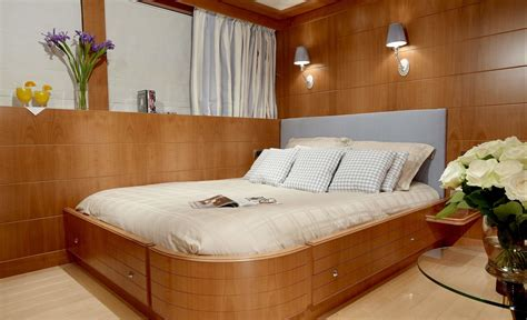 mac brew dining luxury yacht browser by charterworld