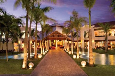 dreams palm beach resort dreams palm beach punta cana all inclusive hotel exterior