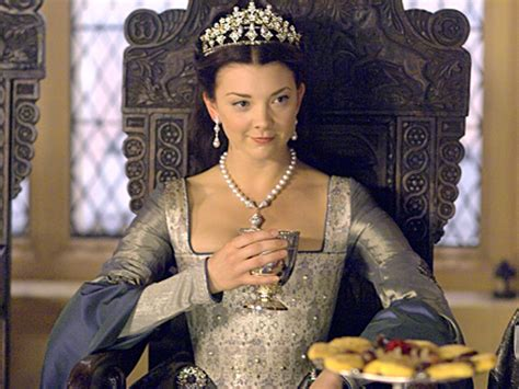 natalie dormer tudor natalie dormer hairstyles as boleyn in the tudors