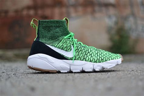 Nike Flyknit Racer Poison Green Premium Original Sepatu Sneakers sneakers