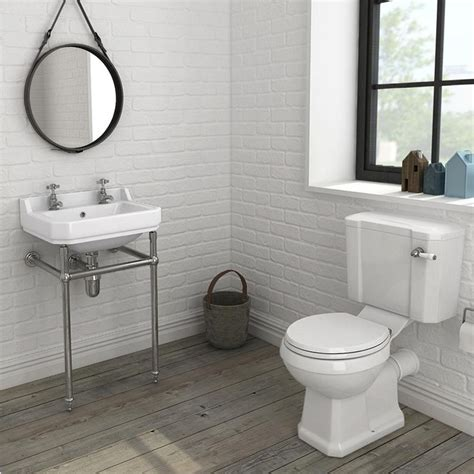 bathroom suites ideas the best traditional bathroom suites ideas on grey apinfectologia