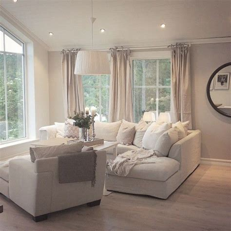 comfortable living rooms best 25 cream couch ideas on pinterest cream sofa