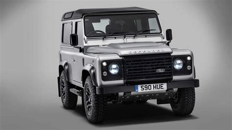 New Land Rover Defender 2018 News by New Land Rover Defender Coming 2018 In Five Styles