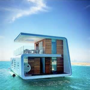 Floating Houses 25 Best Ideas About Floating Homes On Floating House Pontoon Houseboat And Small