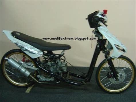 Mio Sporty Engine Modification by Gambar Modifikasi Yamaha Mio Sporty Drag Race Bike