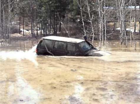 jeep snorkel underwater full snorkel 7ft deep water crossing jeep cherokee floats