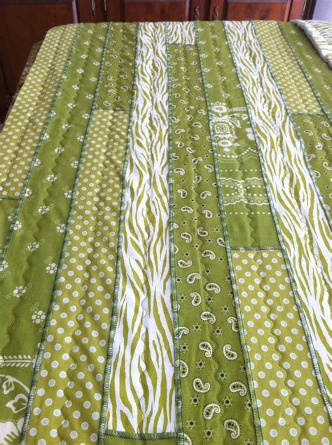Quilting With A Serger sew sew serger quilt april 2014 quilts and tutorials pintere
