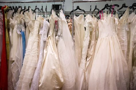wedding dresses on a budget canada wedding costs how to set a realistic budget for your big day ctv news