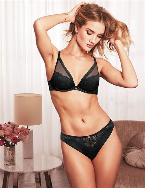 The Mirror Co Uk News by Rosie Huntington Whiteley Sizzles As She Shows Off Toned
