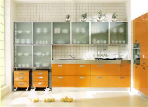 wandschrank glas wandschrank f 252 r k 252 che glanzvolle modelle und muster