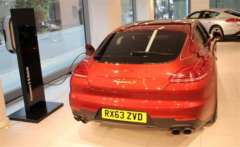 porsche headquarters uk porsche is in the zone as panamera s e hybrid arrives at
