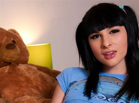 wallpaper girl trap trap shemales transvestites bailey jay 1680x1050 wallpaper