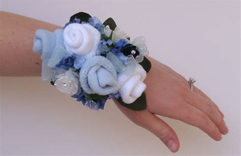 Baby Shower Corsage by I Pears Baby Shower Sock Corsage Wristlets