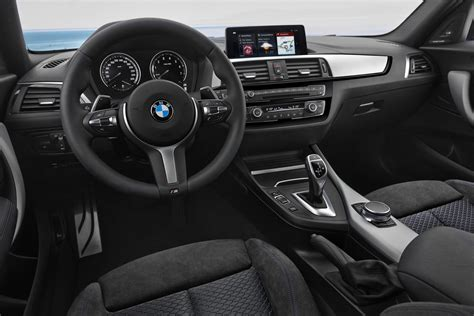 Bmw 1er Innenraum by 2018 Bmw 1 Series Bows With Updated Interior New Tech