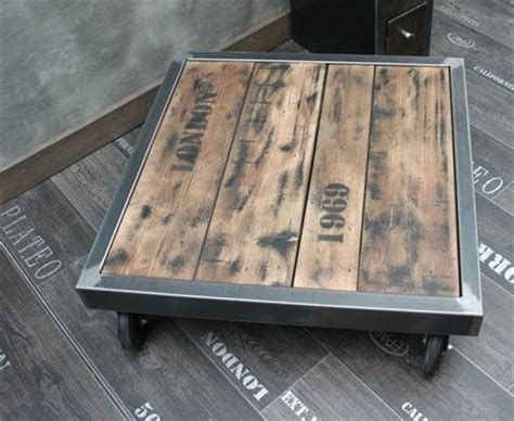 Table Basse Palette Industrielle by Table Palette Acier Sur Roulettes Table Basse Design