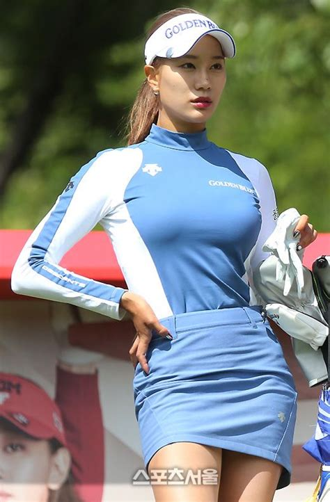 woman golf hairstyles 20171014174651 2017 10 02 00001 jpg 520 215 793 a lovely