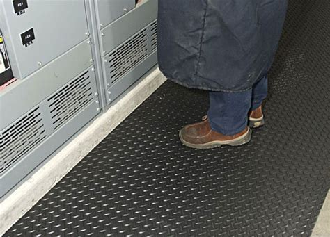 Awesome Garage Floor Edging #8: Diamond-Switchboard-Runner-Mat.jpg