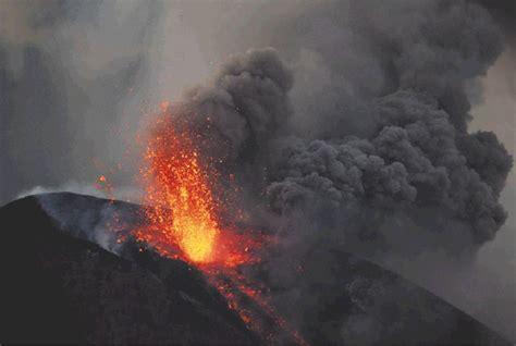 libro mundo maravilloso los volcanes descubra el maravilloso mundo de los volcanes explosivos leyendas y paisajes