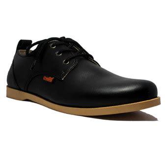 D Island Casual d island shoes casual loredoes leather hitam lazada