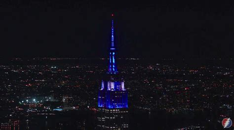 empire state building lights today watch the empire state building sync their light show to