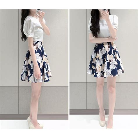 Pakaian Wanita Zalia Floral Placement Print Dress Dres Modern Etnik dress wanita big flower korean style dress size m white jakartanotebook