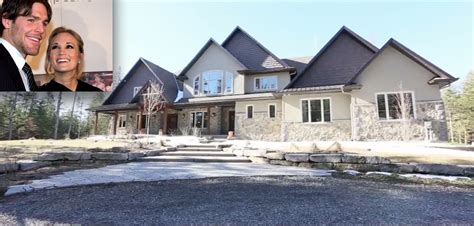 Carrie Underwood House by Carrie Underwood And Mike Fisher Sell Ottawa Home Take A Look Inside Country