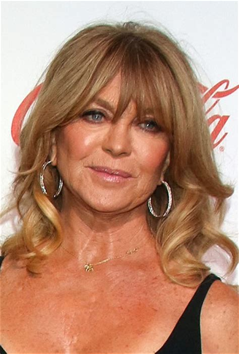 hairstyles goldie hawn medium curled hairstyle with
