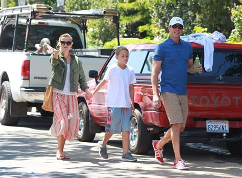 Reese Witherspoons New Look by Jim Toth Photos Photos Reese Witherspoon Family Look