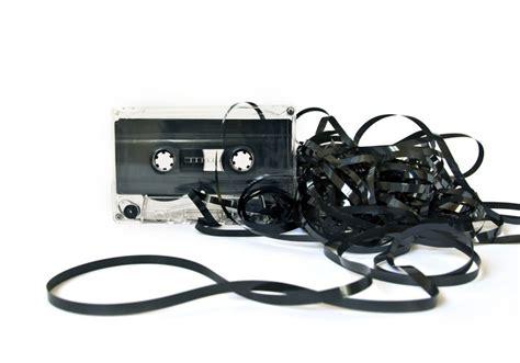 cassetta musicale nietzsche bozuk kaset
