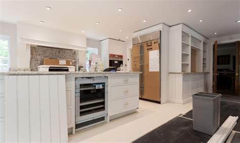 bespoke kitchen furniture kevin mapstone kitchen painter