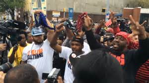 crips and bloods unite to show support for freddie gray