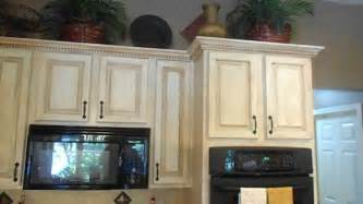 What Finish Paint For Kitchen Cabinets Crackle Finish On Kitchen Cabinets Also China Crackle New Backsplash New Granite