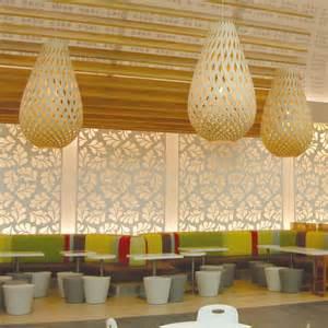 lustre en bambou luminaire en bois naturel koura 224 assembler design 233 co par david trubridge nz vente en ligne