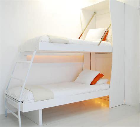 al letto cucina armadio 125 abbinata al letto matrimoniale e letto