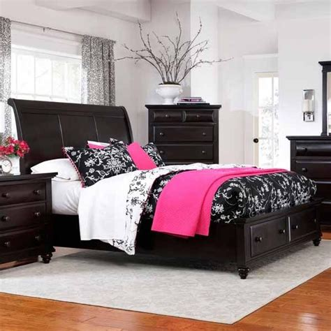 broyhill farnsworth bedroom set broyhill furniture farnsworth eastern king sleigh bed in inky black stain 48 contemporary