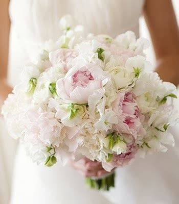 peas and peonies sweet peas peonies bouquet and peonies on pinterest