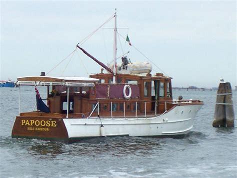 klassische yachten kaufen classic motor yacht papoose gentleman s cruiser