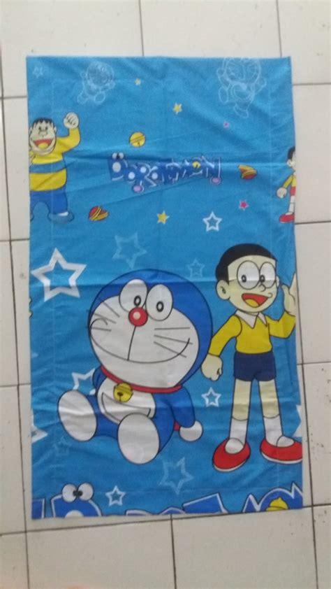 Bantal Cinta Silicon Sarung Motif Doraemon Biru sarung bantal cinta doraemon grosir kasur lipat busa bandung kasur lipat busa bandung