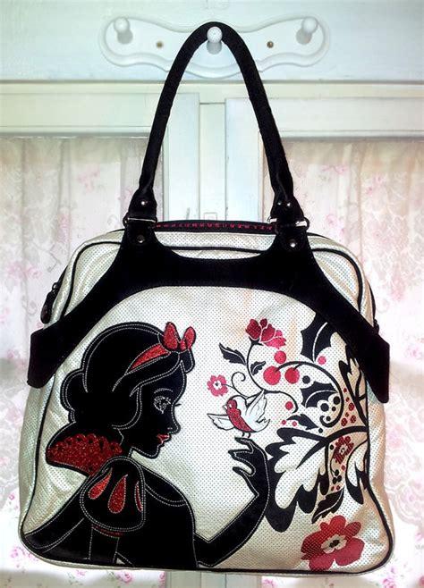 Purse Freebie Herman Snow White Tote by Disney Snow White Large Tote Shoulder Bag On Etsy 48 65