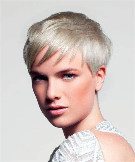 kratke blondate vlasy obrazky obrazky pre kratke ucesy obrazky pre kratke ucesy 218 česy