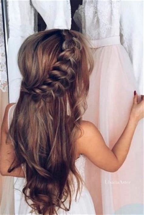 12 super cute christmas hairstyles for long jewe