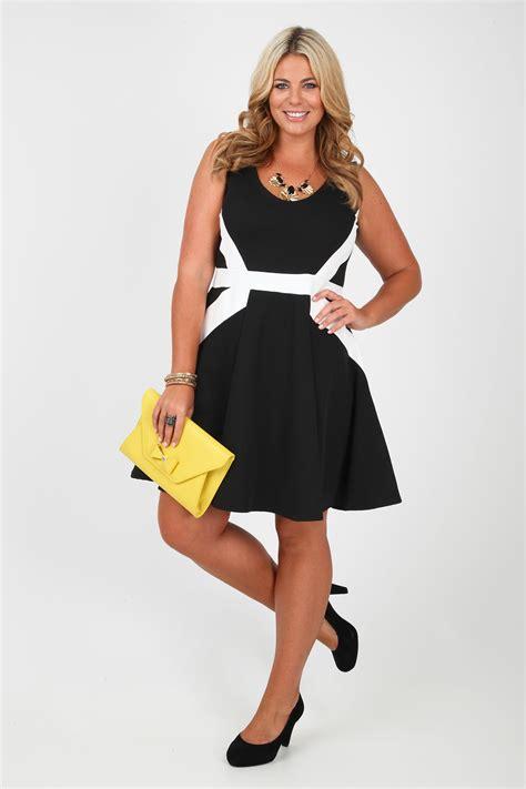 Asymmetric Skater Dress 9487 Black black and white asymmetric stripe skater dress plus size