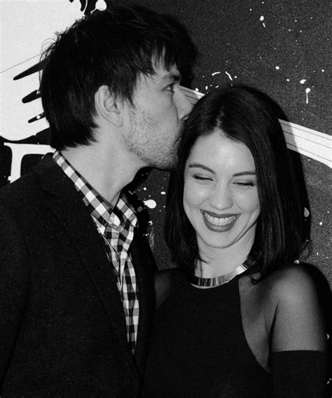 adelaide kane and torrance coombs torrance coombs adelaide kane all things adaleide kane