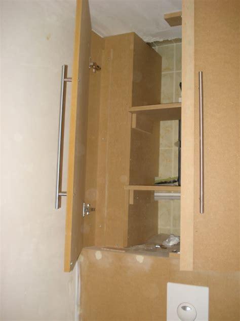 placard au dessus d un wc suspendu 2 menuiserie