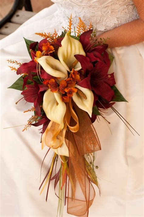 fall flowers wedding fall wedding bouquet ideas dipped in lace