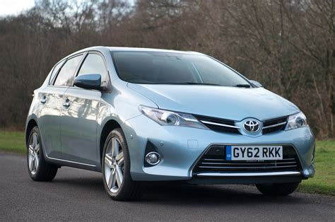 toyota uk toyota auris review autocar