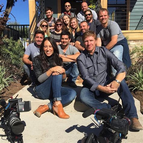 cast of fixer upper fixer upper cast season 3 of hgtv s fixer upper set to air