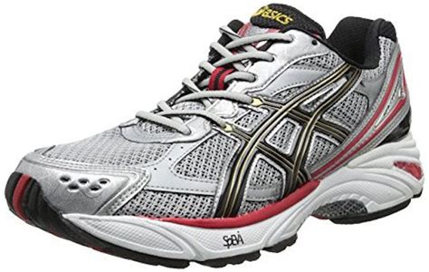 best running shoes for overpronators best s running shoes for flat